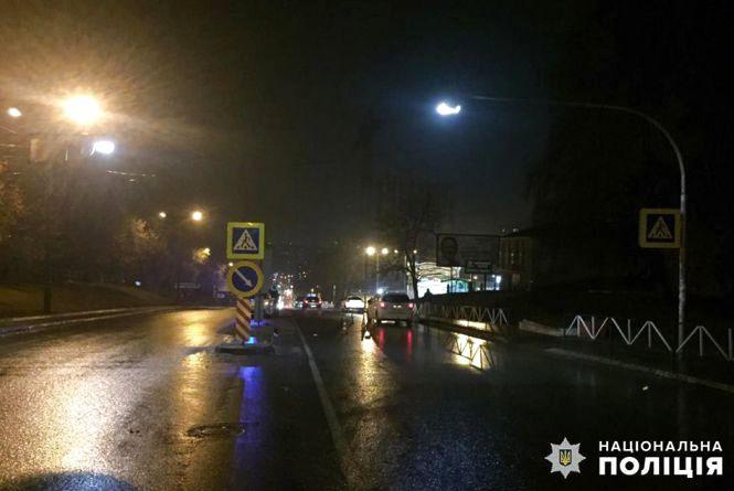 """На Виставці """"Opel"""" збив двох жінок на пішохідному переході"""