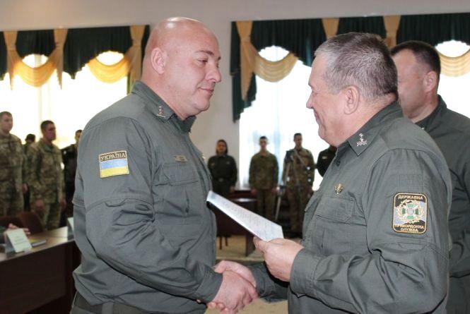 З прикордонної академії випустились 107 офіцерів та студентів