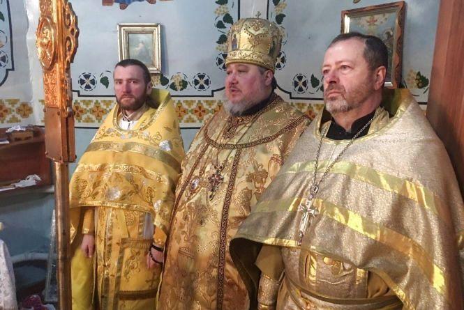 Як релігійні громади Хмельниччини переходять до ПЦУ (КАРТА)