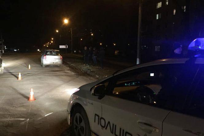 У Кам'янці Opel збив дитину на переході