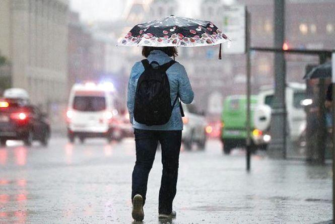 На вихідні у Хмельницькому буде тепло і дощитиме