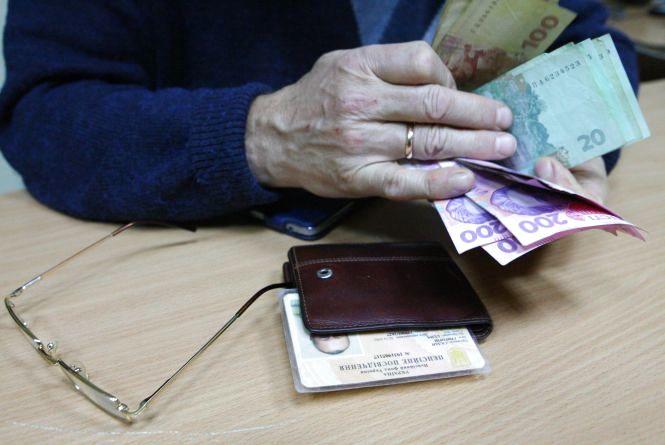 Хмельничанам збільшили пенсії: кому та на скільки