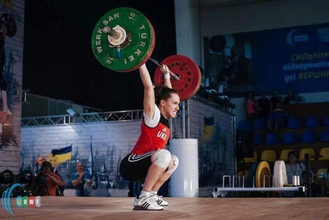 Хмельничани здобули нагороди на кубку України з важкої атлетики