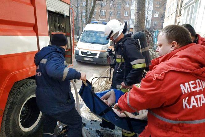У Кам'янці підпалили квартиру, у якій знаходилась 54-річна жінка