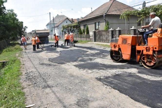 На Хмельниччині підприємець поцупив 280 тисяч з ремонту сільських доріг