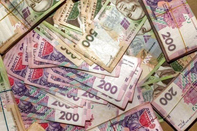 Переплатив 370 тисяч гривень. На Хмельниччині судили екс-голову ОТГ за службову недбалість