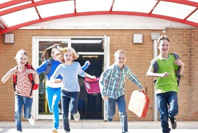 Завтра, 25 березня, більшість школярів Хмельницького йдуть на канікули