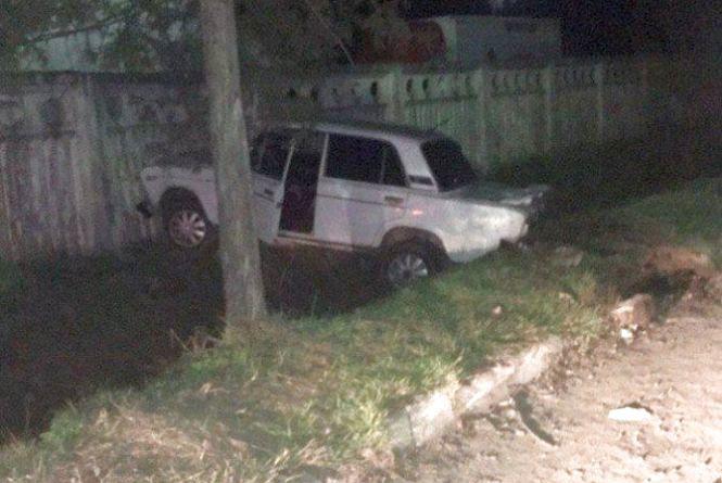 """""""Потенційний вбивця"""" з Хмельницького в'їхав в паркан. Його 5 разів визнавали винним у п'яному водінні"""