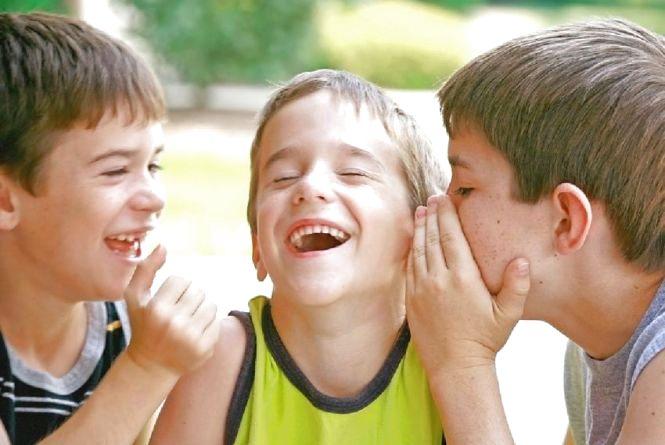 1 квітня — Міжнародний день сміху