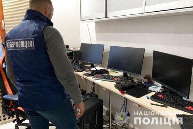 На Хмельниччині затримали хакерів, які крали особисті дані користувачів за допомогою вірусів