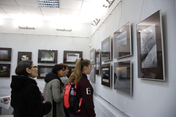 На виставці у Хмельницькому фотографи показали свій погляд на мистецтво