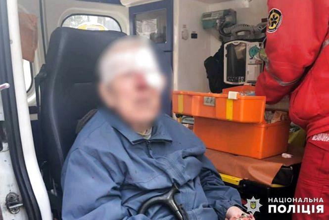 На Виставці Volkswagen збив пенсіонера