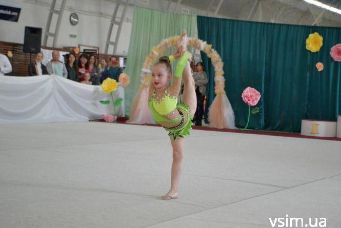 Свято грації: на чемпіонат до Хмельницького приїдуть сотні гімнасток