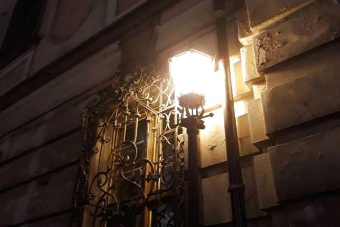 Чотири вулиці у Хмельницькому залишаться без світла 11 квітня
