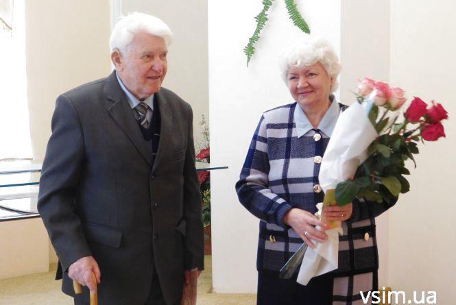 Наречений з чотирма правнуками: полковник із Хмельницького одружився у 93 роки