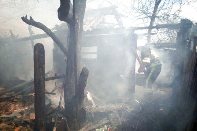 На Хмельниччині через дитячі пустощі мало не згоріли три будинки