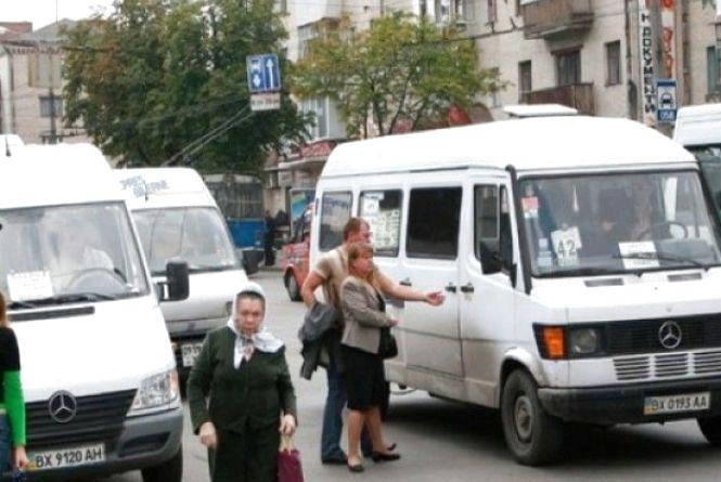 Як їздитиме громадський транспорт у поминальну неділю