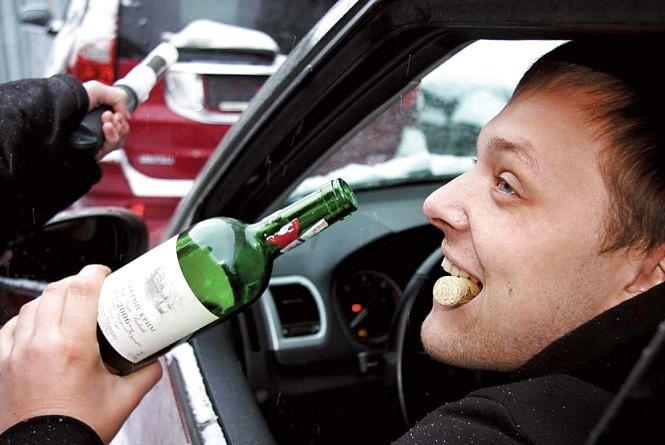 На Великдень хмельницька поліція оформила 11 п'яних водіїв