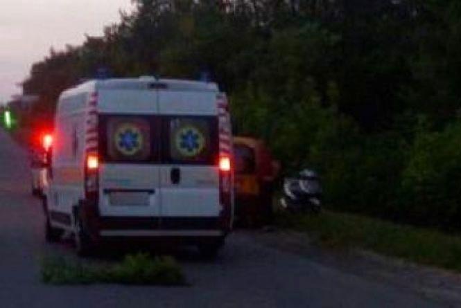 Fiat злетів з дороги та перекинувся: у ДТП на Хмельниччині постраждало 3 людей