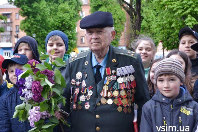 """Історія хмельницького ветерана або """"Грішка, який поклав 250 німців із снайперської гвинтівки"""""""