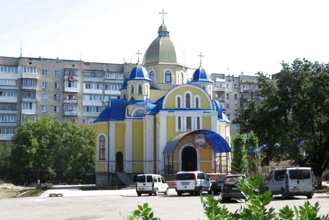 Скільки церков на Хмельниччині перейшли до ПЦУ (ІНФОГРАФІКА)