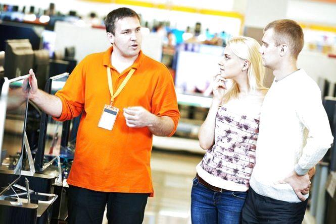 Вакансії тижня у Хмельницькому: яку зарплату пропонують продавцям-консультантам