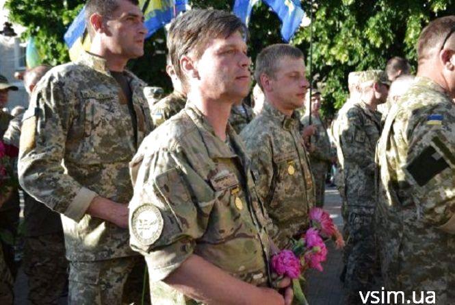Через марш військових у Хмельницькому обмежать рух на кількох вулицях: де та коли