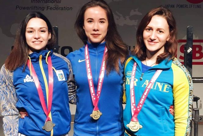 Два золота і срібло: хмельничанки вдало виступили на чемпіонаті в Японії