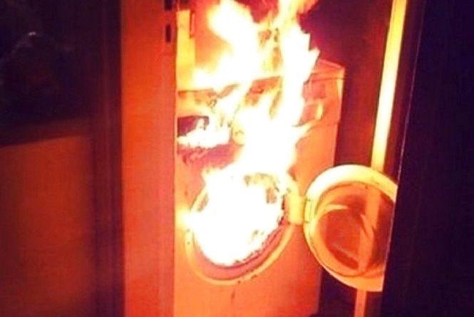 У Полонному через пральну машинку ледь не згорів будинок