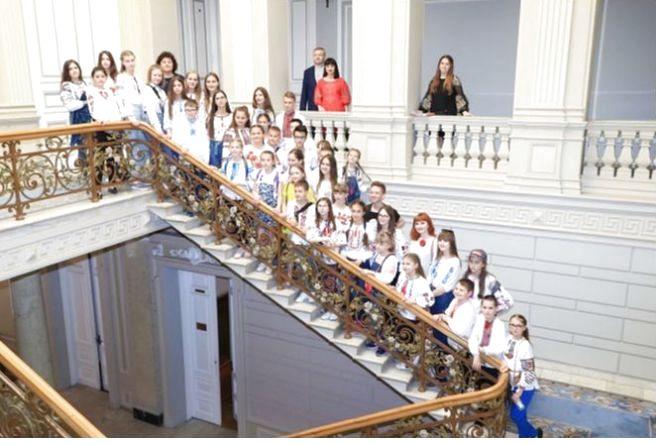 Хмельницькі школярі завітали в гості до Верховної Ради