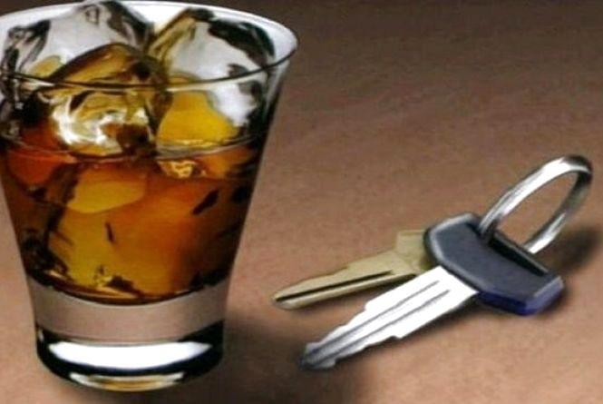 Без прав та зі штрафом у 10 тисяч. У Ярмолинцях засудили п'яного водія