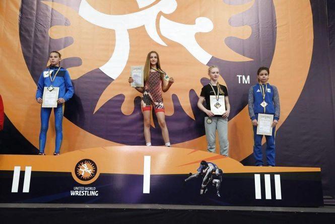 Хмельничани стали призерами чемпіонату України з вільної боротьби