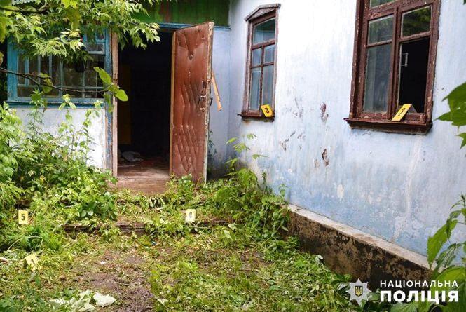 """Мешканець Білогірщини вбив 60-річного """"коханця"""" дружини табуреткою"""