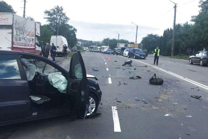 Погоня зі стріляниною, травмовані пасажири та збиті пішоходи: хроніка ДТП у Хмельницькому