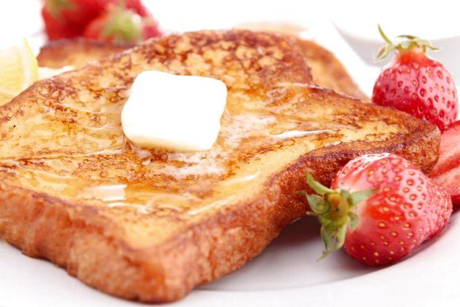 Рецепт вихідного дня. Готуємо французькі тости з полуницями