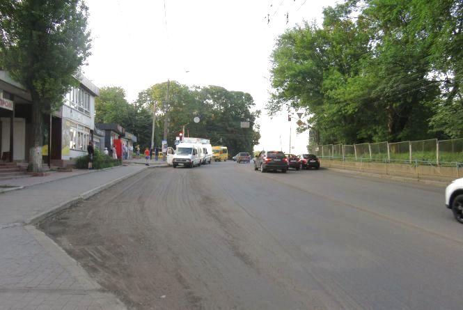Через ремонт дороги перекриють рух на перехресті Бандери та проспекту Миру