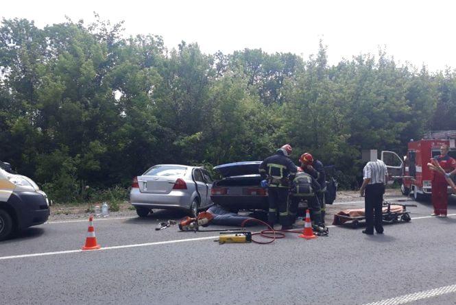У моторошній ДТП біля Хмельницького постраждали люди (ФОТО, ОНОВЛЕНО)