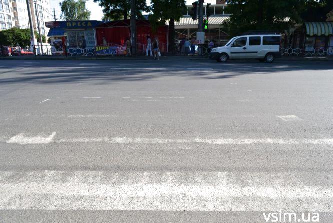 Хто у Хмельницькому відповідає за дорожню розмітку, якої часто немає (ФОТО)