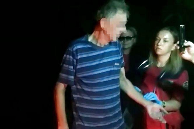 На Бузі у Хмельницькому посеред ночі рятували п'яного рибалку