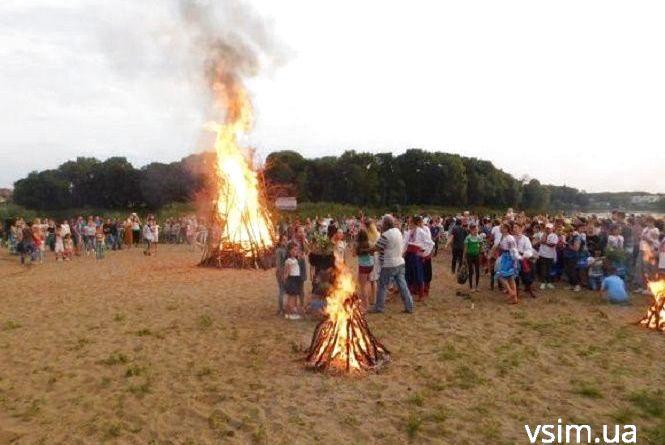 Вогняне шоу, смаколики та концерти: у Хмельницькому влаштують свято на Івана Купала
