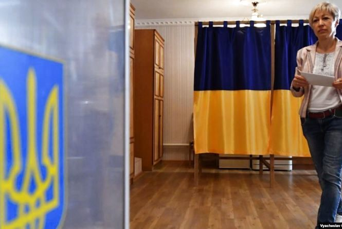 Яких кандидатів від Хмельниччини підтримаєте на парламентських виборах? (ГОЛОСУВАННЯ)