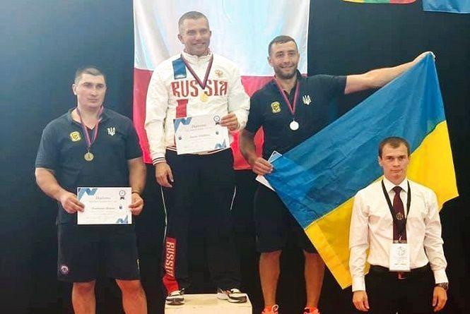 Хмельничанин здобув золото та бронзу Кубку Європи з гирьового спорту