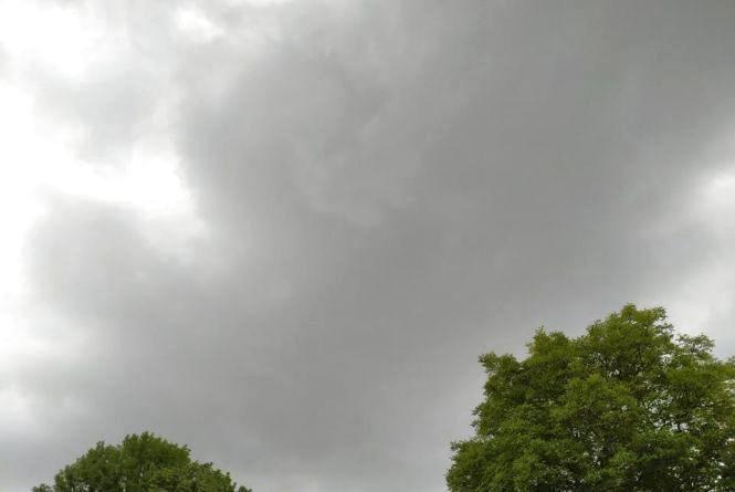"""""""Ймовірні опади"""": якою буде погода у Хмельницькому 6-7 липня"""
