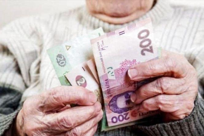 На Хмельниччині шахрай виманив у 79-річного дідуся всі заощадження