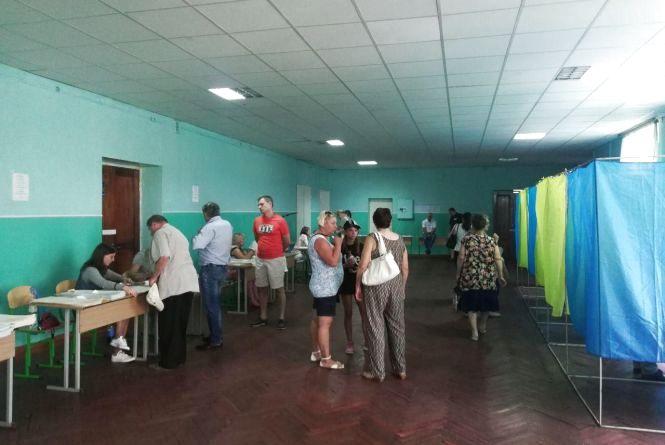 У Хмельницькому проголосували 36,5 тисячі виборців