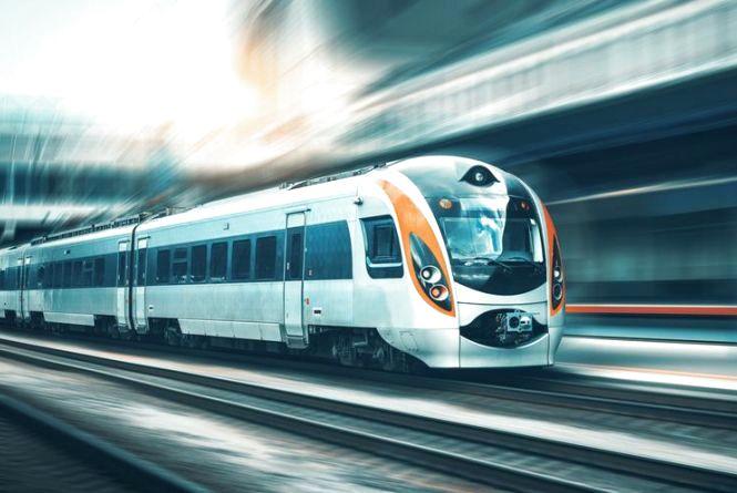 Хмельничани тимчасово не зможуть купувати квитки на поїзд онлайн