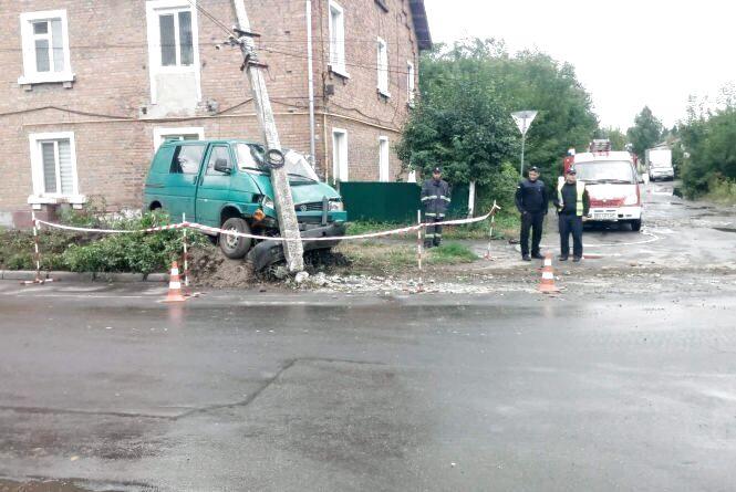 Збита дитина та сплячий водій: хроніка ДТП у Хмельницькому