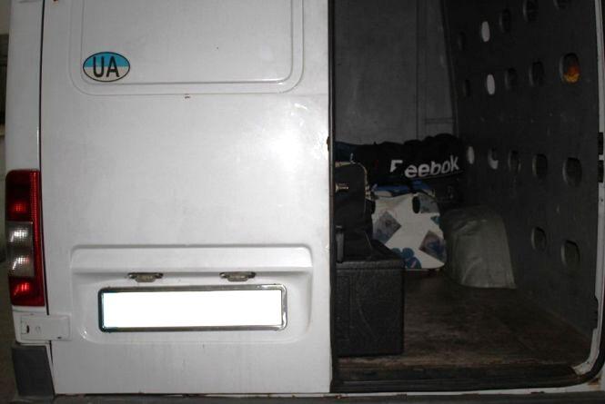 24-річний хмельничанин намагався провести контрабанду до Угорщини