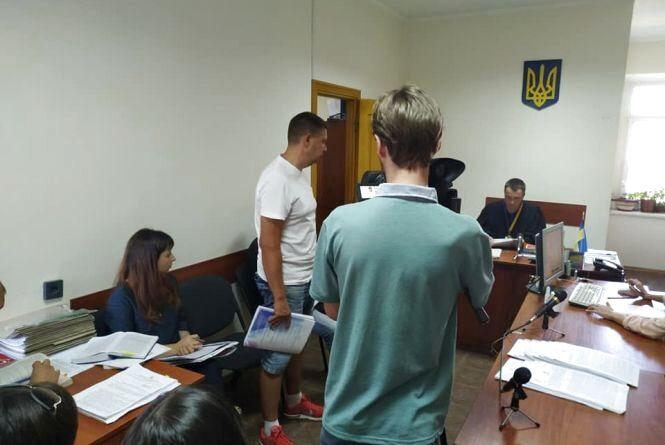 Хмельницького активіста Артура Сторожука взяли під домашній арешт