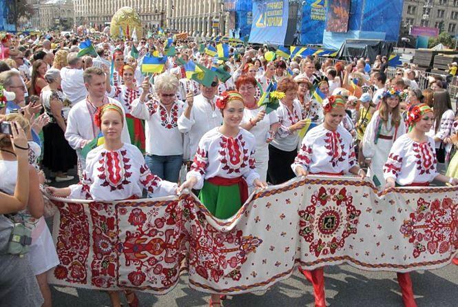 Парад вишиванок, концерти і танці:  які розваги чекають на хмельничан 24-25 cерпня